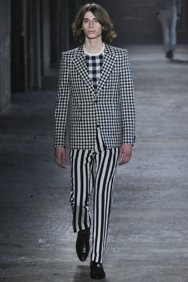 alexandermcqueen1 Alexander McQueen Spring 2012 | Milan Fashion Week