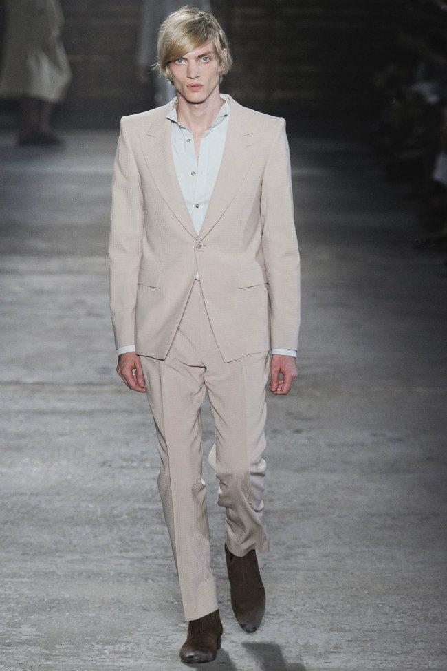 alexandermcqueen12 Alexander McQueen Spring 2012 | Milan Fashion Week