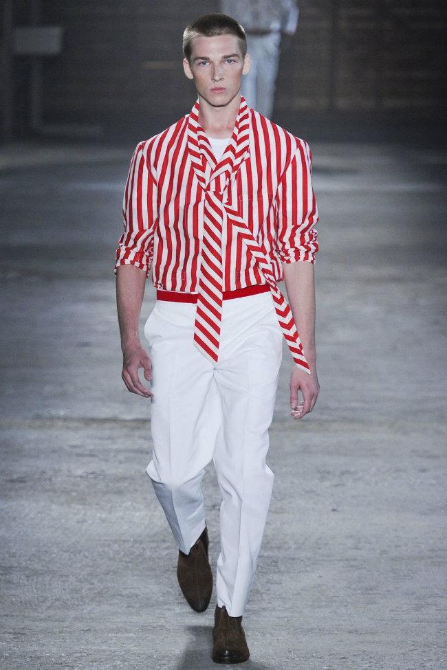 alexandermcqueen25 Milan Fashion Week Spring 2012: Day 3