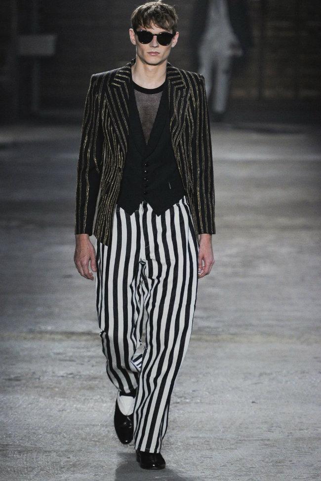 alexandermcqueen4 Alexander McQueen Spring 2012 | Milan Fashion Week