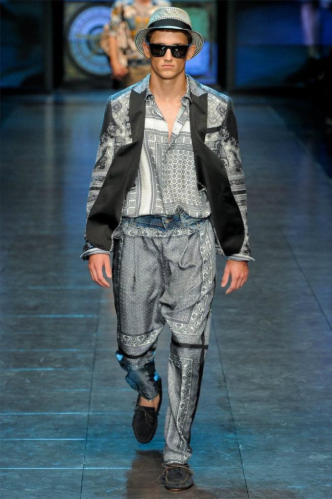 dgrunway1 D&G Spring 2012   Milan Fashion Week