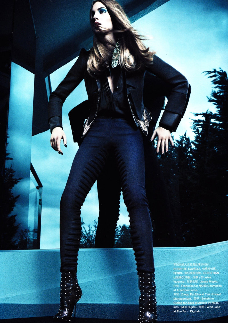 blue6 Julija Steponaviciute by Chad Pitman for <em>Numéro China</em> #5