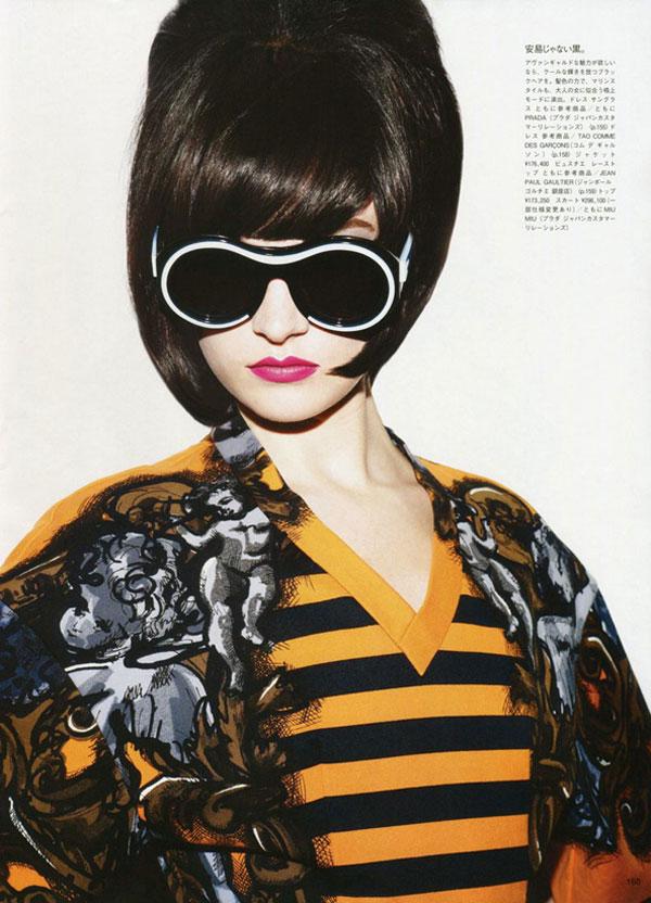 colorbeauty Jacquelyn Jablonski & Hannah Holman by Ben Hassett for <em>Vogue Japan</em> June 2011